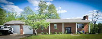 712 MONTGOMERY HILL RD, Walker, WV 26180 - Photo 2