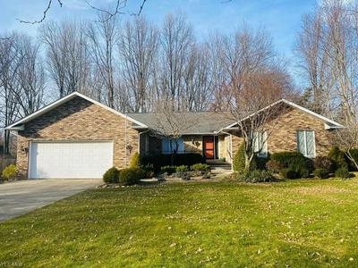 8027 MELORIA LN, MENTOR, OH 44060 - Photo 1