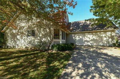 400 SHANNON DR # 15, Wadsworth, OH 44281 - Photo 2