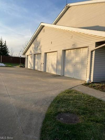 4245 MAIDEN CT, Brunswick, OH 44212 - Photo 2