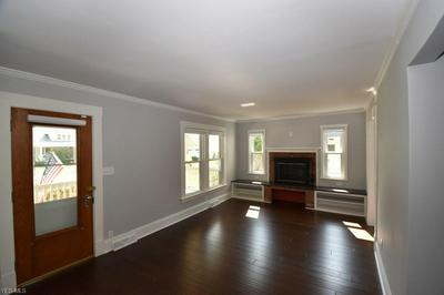 262 S FRANKLIN ST, Chagrin Falls, OH 44022 - Photo 2