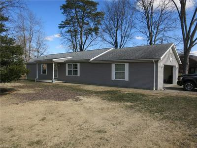 2615 26TH AVE, Parkersburg, WV 26101 - Photo 1