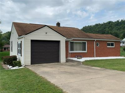 209 FRAZIER AVE, Bellaire, OH 43906 - Photo 1