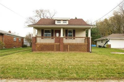 197 STRUTHERS LIBERTY RD, CAMPBELL, OH 44405 - Photo 2