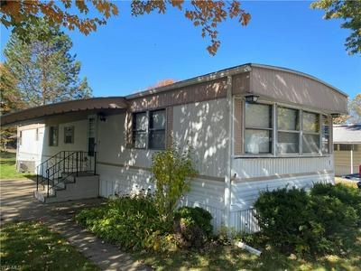 5 PARADE ST, Olmsted Township, OH 44138 - Photo 2