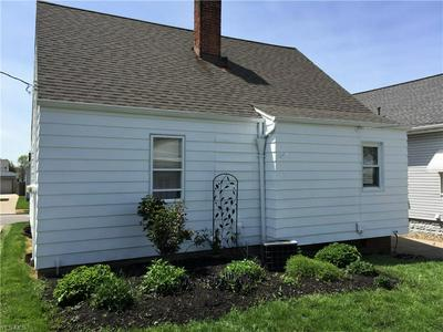 5235 W 49TH ST, Parma, OH 44134 - Photo 2