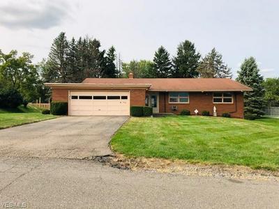 4309 SOUTHEAST DR, Steubenville, OH 43953 - Photo 1