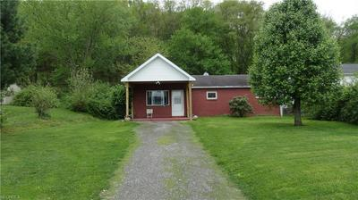 817 JEFFERSON ST, Newell, WV 26050 - Photo 1