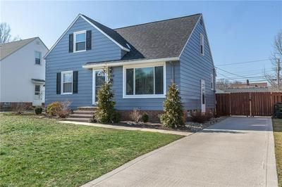 2368 LARCHMONT DR, WICKLIFFE, OH 44092 - Photo 2