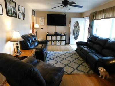 239 FRANKLIN BLVD, Parkersburg, WV 26101 - Photo 2