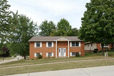 9817 HUNTINGTON PARK DR, Strongsville, OH 44136 - Photo 1