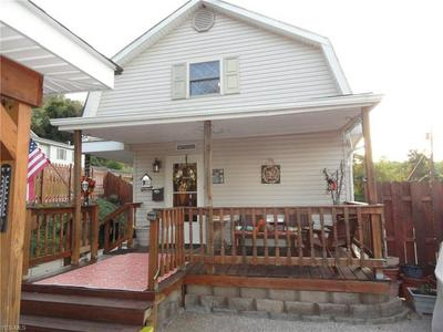 147 INDIANA AVE, Chester, WV 26034 - Photo 1