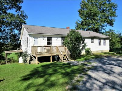 5271 MOONWIND RD NE, Carrollton, OH 44615 - Photo 1