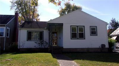 824 BROWN ST, Zanesville, OH 43701 - Photo 2