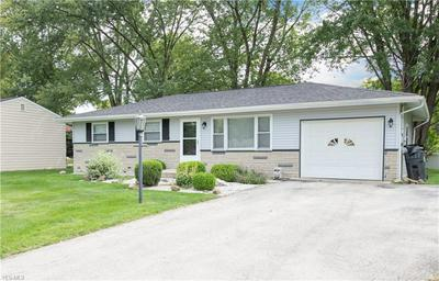 4523 WARWICK DR N, Canfield, OH 44406 - Photo 2