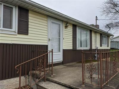 149 MENEGAY RD, LOUISVILLE, OH 44641 - Photo 2
