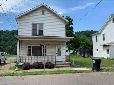 1035 COMMERCE ST, WELLSVILLE, OH 43968 - Photo 1