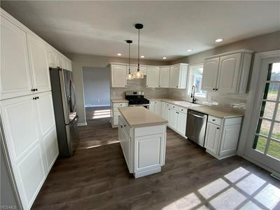 13601 BENNINGTON BLVD, Middleburg Heights, OH 44130 - Photo 2