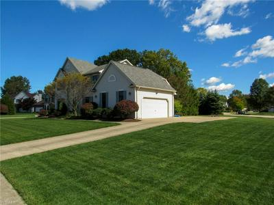 7299 CHESTNUT CT, Olmsted Township, OH 44138 - Photo 2