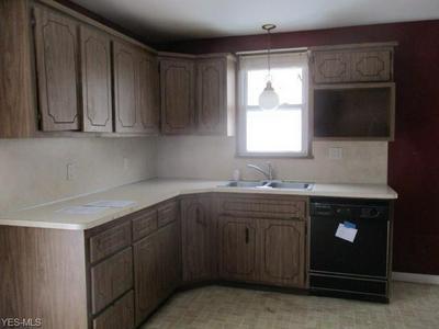2361 E 290TH ST, WICKLIFFE, OH 44092 - Photo 2