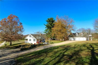 8500 CANAL RD, Frazeysburg, OH 43822 - Photo 1