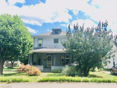 149 N MARKET ST, St. Clairsville, OH 43950 - Photo 2