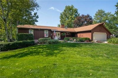 855 BLUEBERRY HILL DR, Canfield, OH 44406 - Photo 1