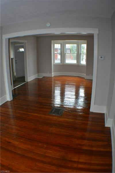 4122 CHESTER AVE APT 9, Cleveland, OH 44103 - Photo 2