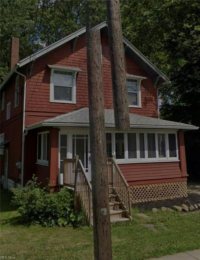 451 HIGH ST, Wadsworth, OH 44281 - Photo 1