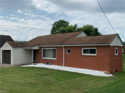 209 FRAZIER AVE, Bellaire, OH 43906 - Photo 2
