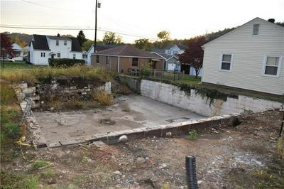 236 W 42ND ST, Shadyside, OH 43947 - Photo 2