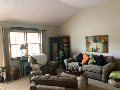 9532 CHARNEY CIR, Olmsted Falls, OH 44138 - Photo 2