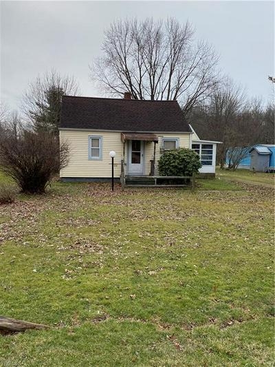 518 WILSON SHARPSVILLE RD, Warren, OH 44481 - Photo 2