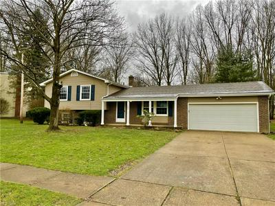 1992 WILLOWDALE DR, Stow, OH 44224 - Photo 1