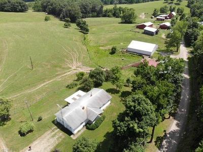 75470 BEAL RD, Kimbolton, OH 43749 - Photo 2