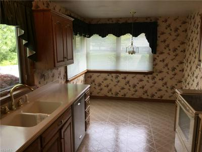 1663 CLOVERFIELD DR, Copley, OH 44321 - Photo 2