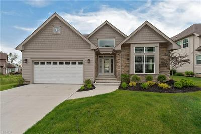 220 LAKE MEADE DR, CHAGRIN FALLS, OH 44022 - Photo 2