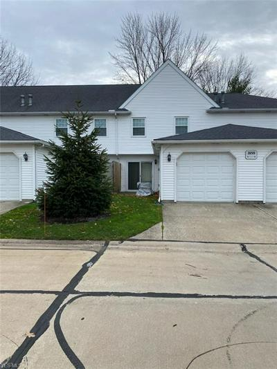 3155 LOST NATION RD APT B, Willoughby, OH 44094 - Photo 1