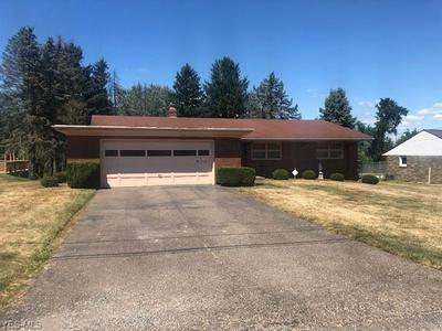 4309 SOUTHEAST DR, Steubenville, OH 43953 - Photo 2