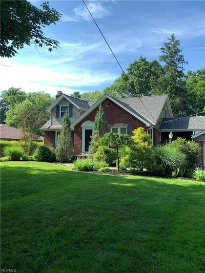 4591 E SPRAGUE RD, Seven Hills, OH 44131 - Photo 1