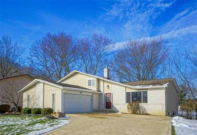 5836 N CROSSVIEW RD, SEVEN HILLS, OH 44131 - Photo 1