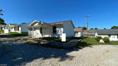 113 HILLES AVE, Barnesville, OH 43713 - Photo 2