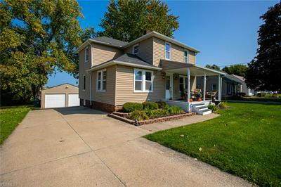 25870 KENNEDY RIDGE RD, North Olmsted, OH 44070 - Photo 2