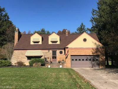 1379 RIDGEVIEW DR, Seven Hills, OH 44131 - Photo 1