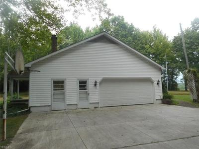 208 BEDFORD RD, Lowellville, OH 44436 - Photo 2