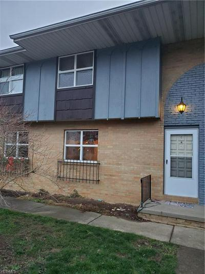 260 LINCOLN ST SW # 260-C, Hartville, OH 44632 - Photo 1