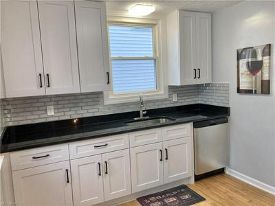 3556 W 135TH ST, Cleveland, OH 44111 - Photo 2