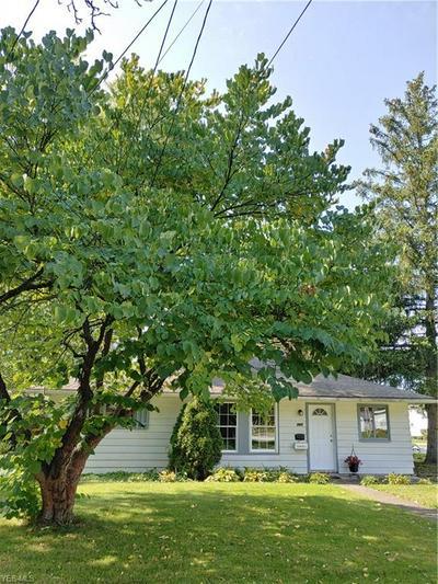 389 WALNUT DR, Berea, OH 44017 - Photo 1