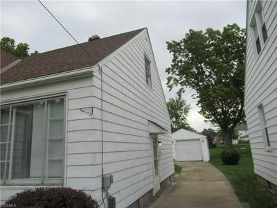 1807 E 294TH ST, Wickliffe, OH 44092 - Photo 2
