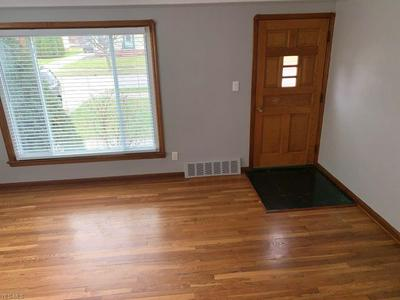 37 LEYTON RD, BEDFORD, OH 44146 - Photo 2